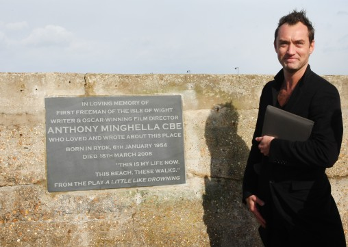 02/03/2016 - Hollywood star Jude Law attends the unveiling of a plaque in memory of Oscar-winning film director Anthony Minghella at Ryde Beach, Isle of Wight